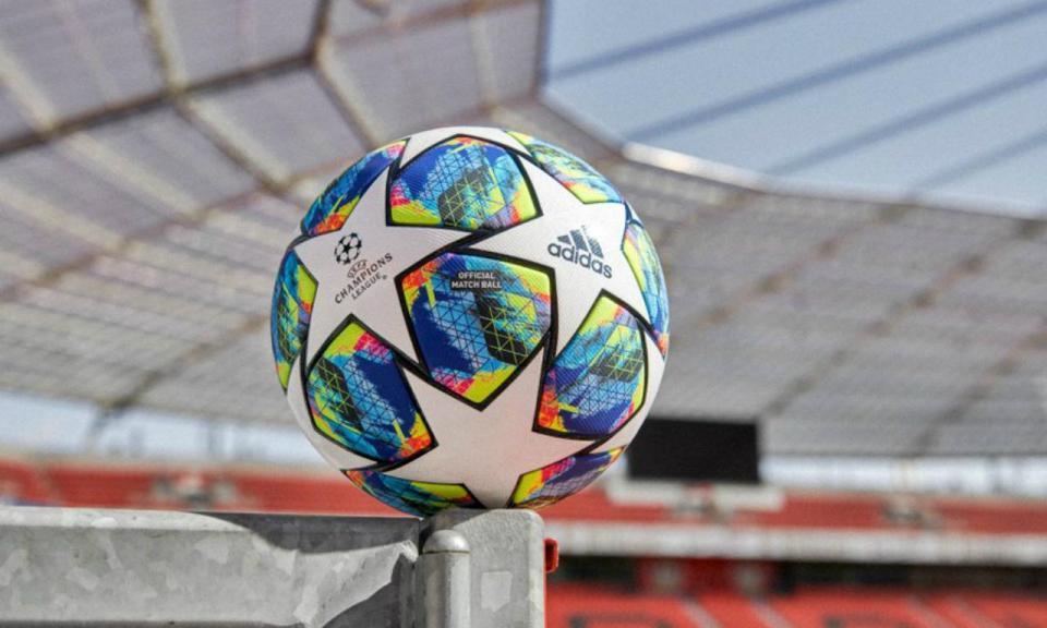 Champions: 22 jogadores portugueses inscritos lá fora