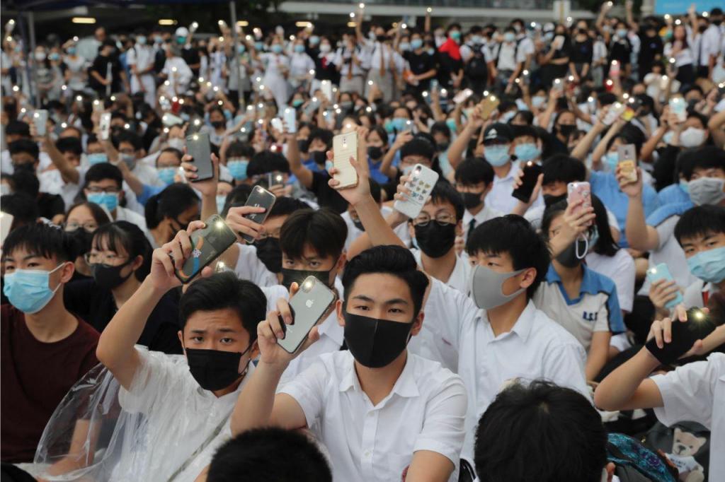 Estudantes protestam em Hong Kong