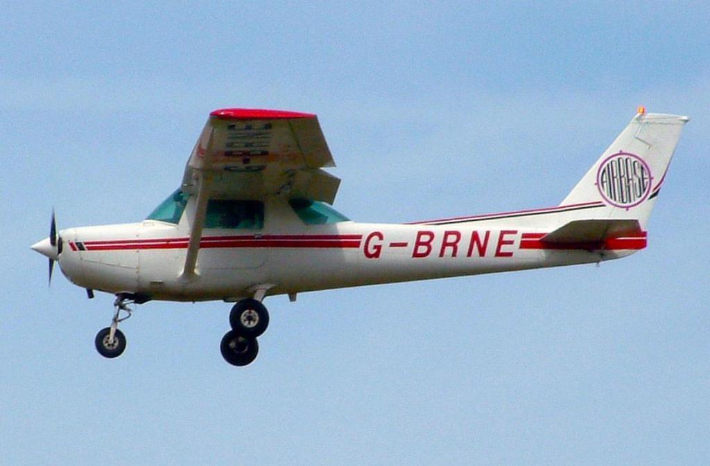 Um avião Cessna usado sobretudo para instrução de pilotos