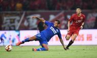 Fredy Guarín, terminou contrato com o Shanghai Shenhua (Reuters)