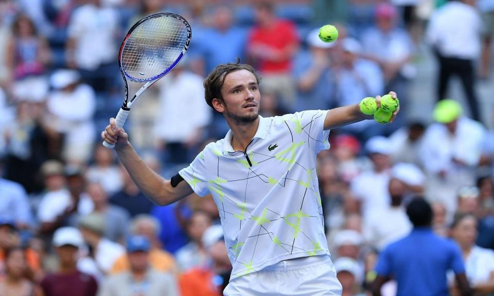 US Open: Medvedev bate Wawrinka e apura-se para as meias-finais