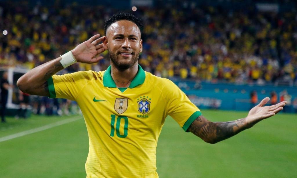 Neymar voltou e marcou