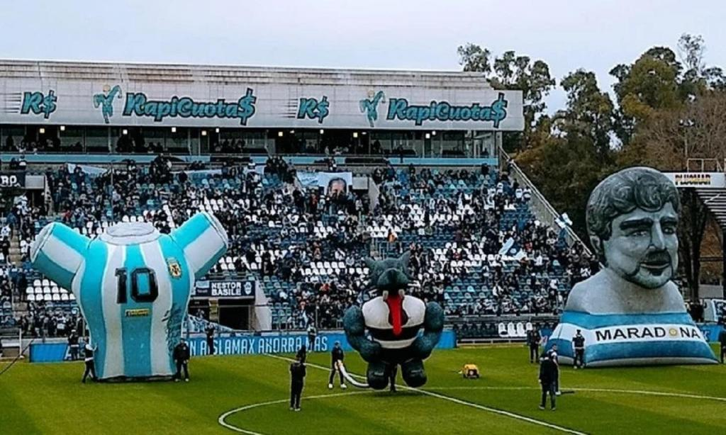 Maradona em La Plata (twitter)