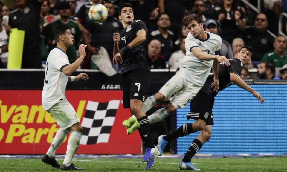 VÍDEO: Acuña titular na goleada da Argentina ao México de Corona