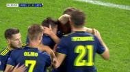 VÍDEO: boa combinação e o Dinamo Zagreb aumenta a vantagem (2-0)