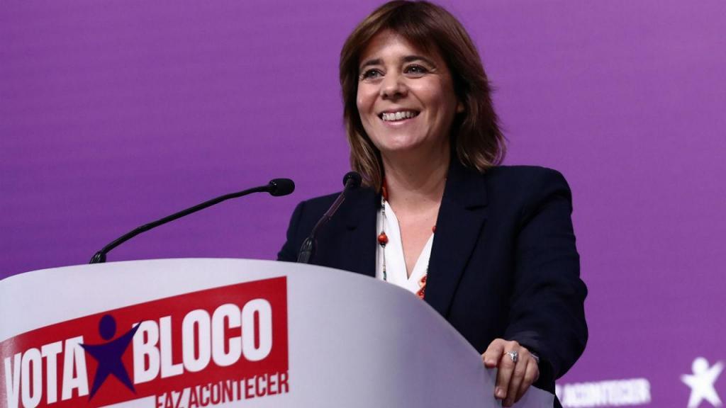 Catarina Martins durante almoço de campanha na FIL