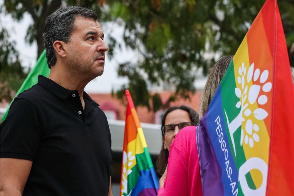 André Silva durante a ação de campanha