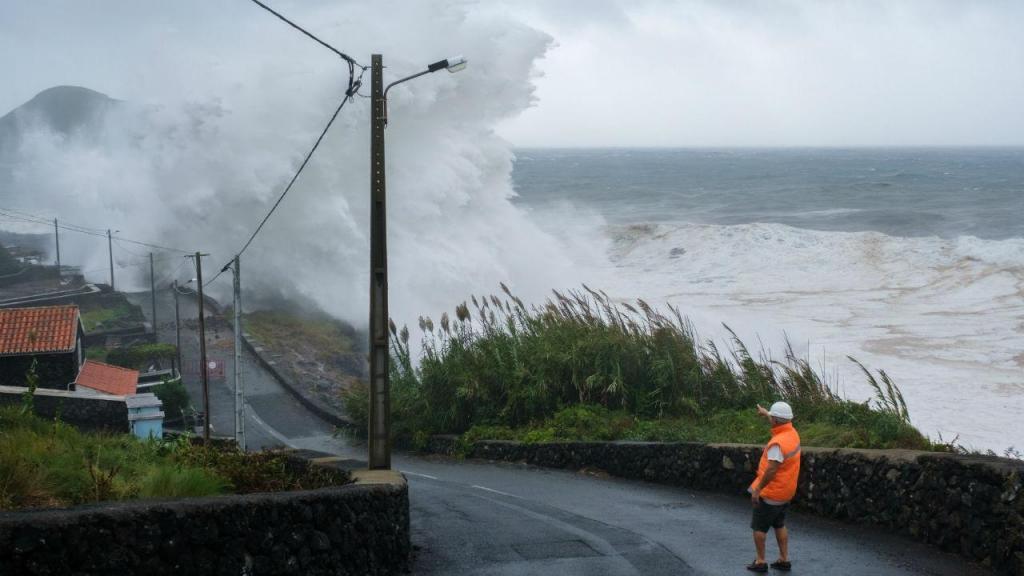 Furacão Lorenzo nos Açores