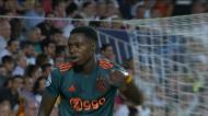 VÍDEO: Quincy Promes a ampliar a vantagem do Ajax em Valencia