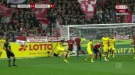 O golo do outro mundo de Witsel no Friburgo-Borussia Dortmund