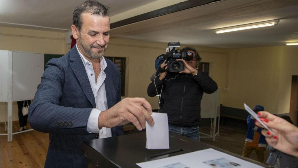 Vitorino Silva (Tino de Rans) do R.I.R votou em Penafiel na manhã de domingo