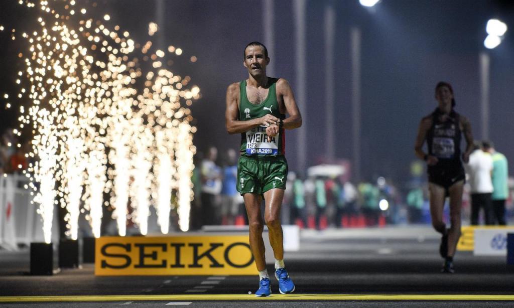 João Vieira (AP Photo/Martin Meissner)