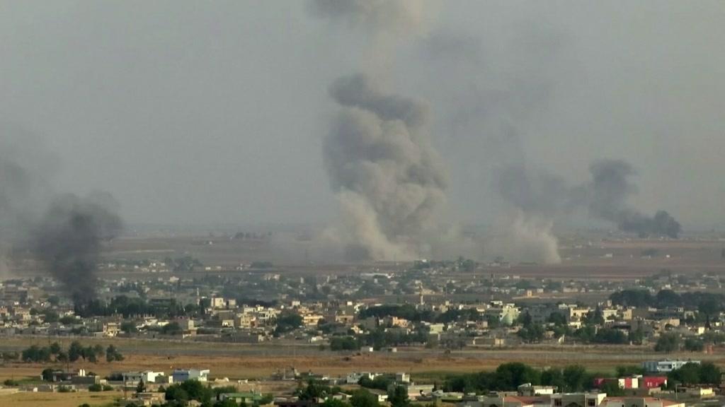 Guerra na Síria já provocou a fuga de 100 mil pessoas