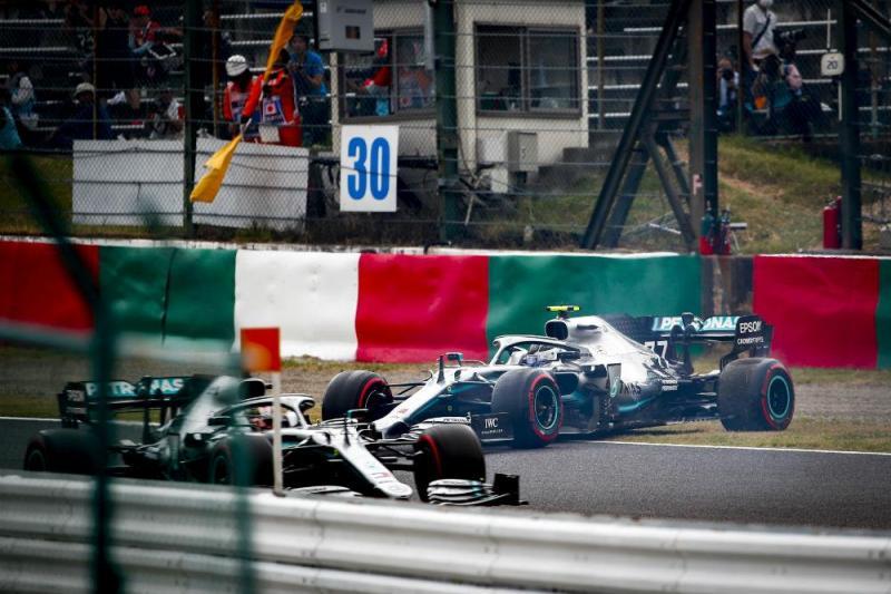 Valtteria Bottas e Lewis Hamilton (Lusa)