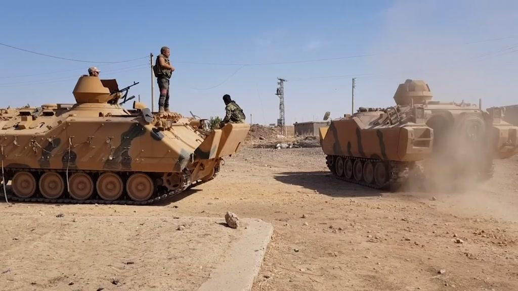 Síria vai em auxílio dos curdos e cresce a tensão na fronteira com a Turquia
