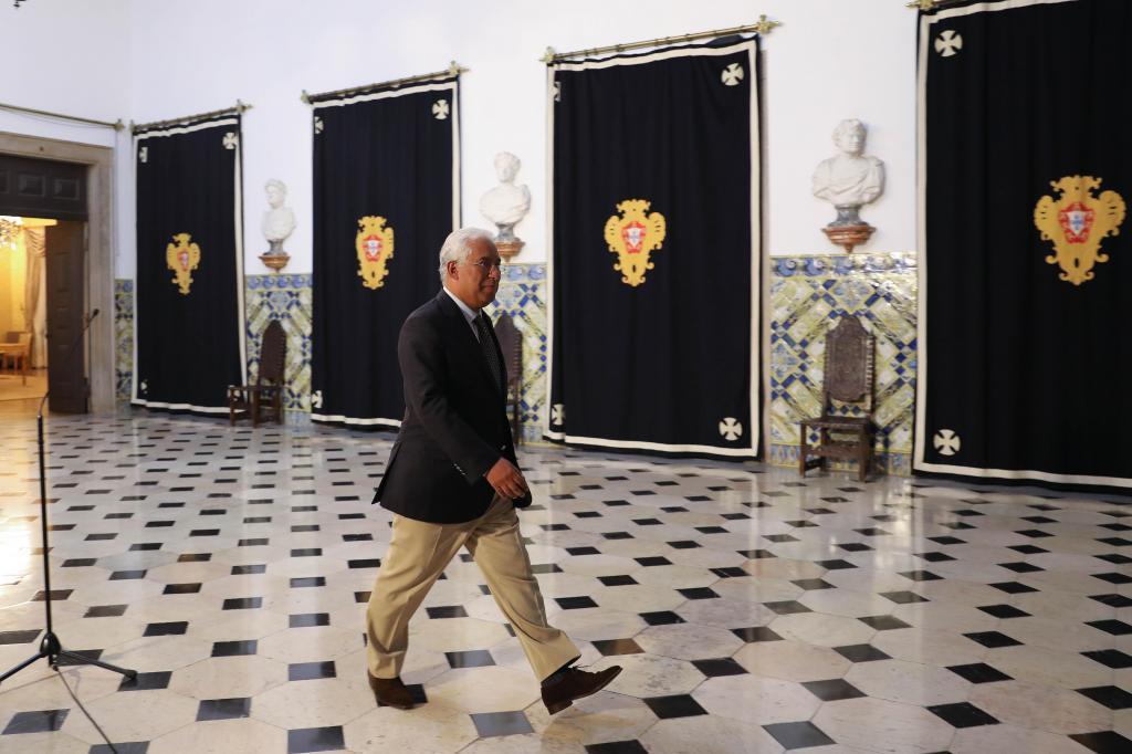 António Costa na entrega da lista de ministros a Marcelo Rebelo de Sousa