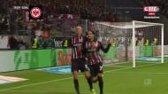 Gonçalo Paciência volta a marcar pelo Eintracht: bis em 16 minutos
