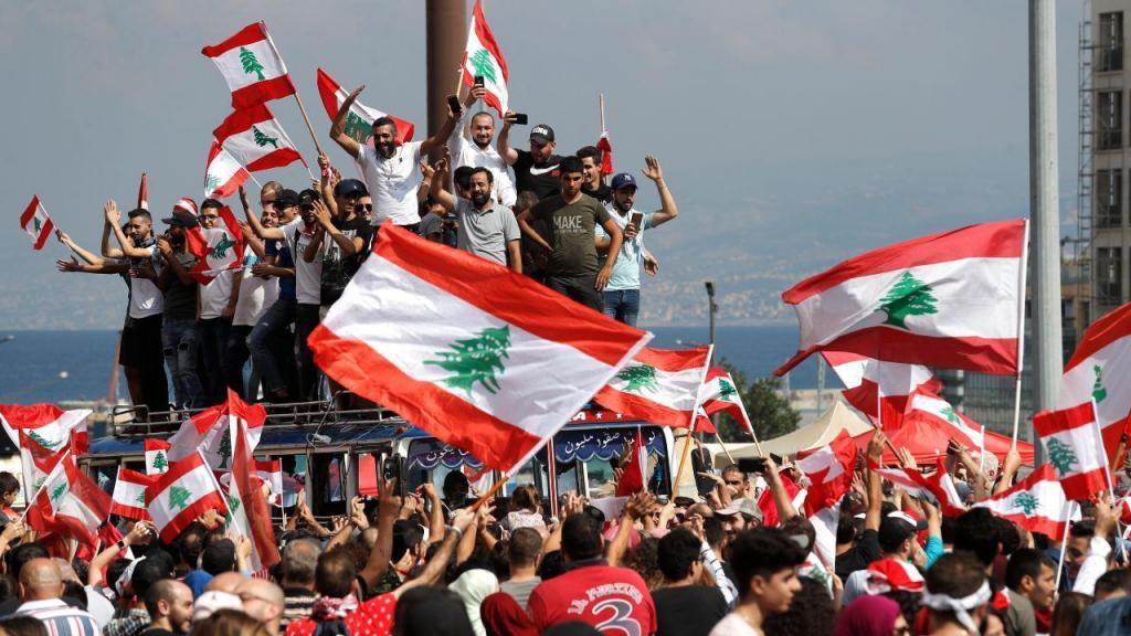 As melhores imagens dos protestos no Líbano