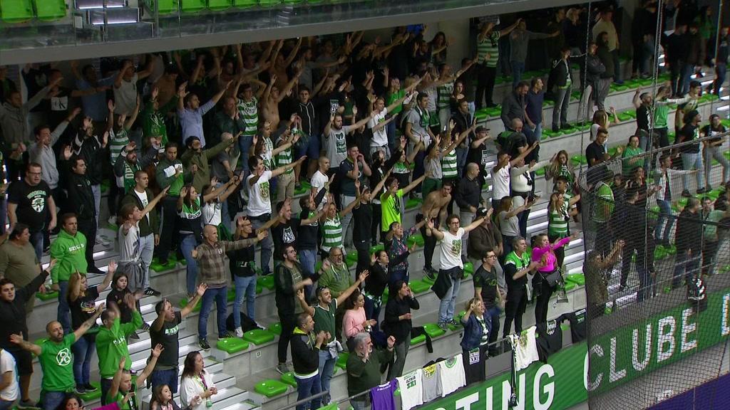 Sporting: claques sem adereços no estádio e pavilhão