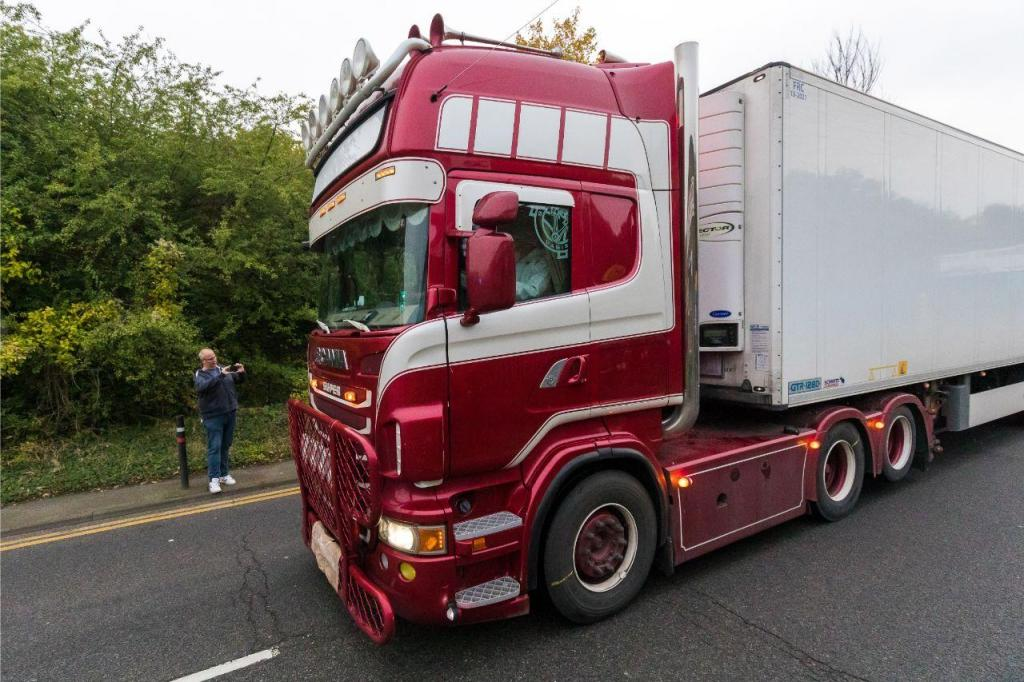 Camião encontrado com 39 corpos em Inglaterra