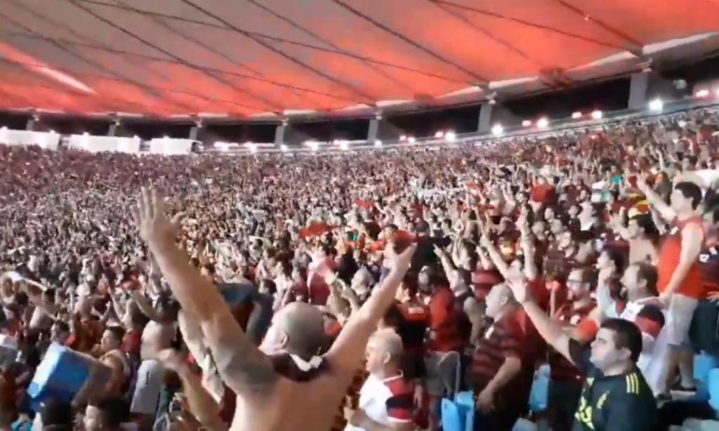 «Olê mister, olê». A paixão dos adeptos do Flamengo por Jorge Jesus foi quase imediata, mas foi também crescendo com o tempo. No dia 3 de novembro atingiu provavelmente o momento mais alto, quando depois da goleada por 4-1 sobre o Corinthians o Maracanã lotado cantou o nome do treindor português.