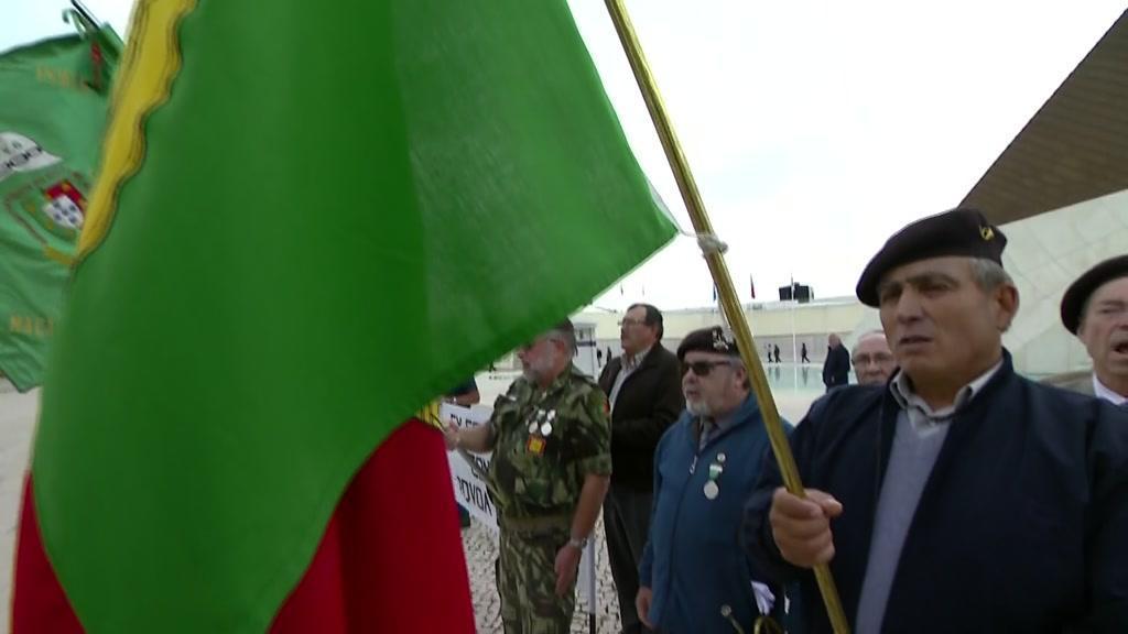 Veteranos de Guerra protestam por falta de apoios