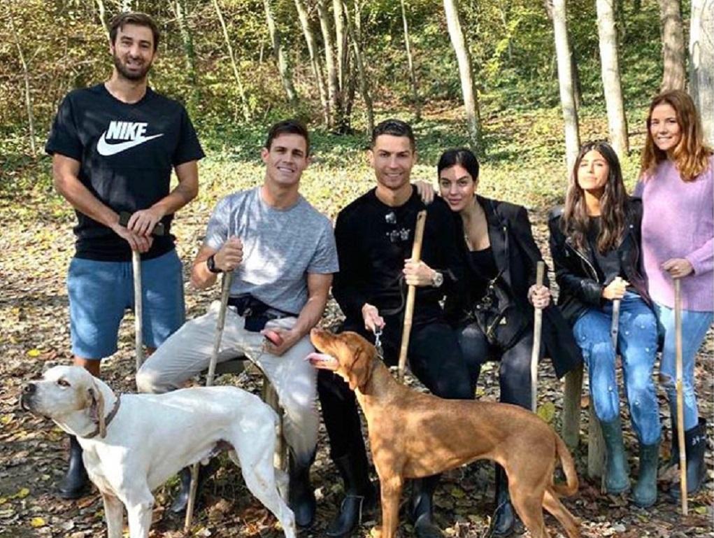 MF Social: Ronaldo foi passear ao campo... e descobriu «ouro branco» - TVI24