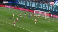 VÍDEO: Gulacsi enorme a evitar golo de jogador emprestado pelo FC Porto