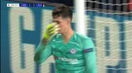 VÍDEO: livre perfeito e mais um autogolo dão o terceiro ao Ajax
