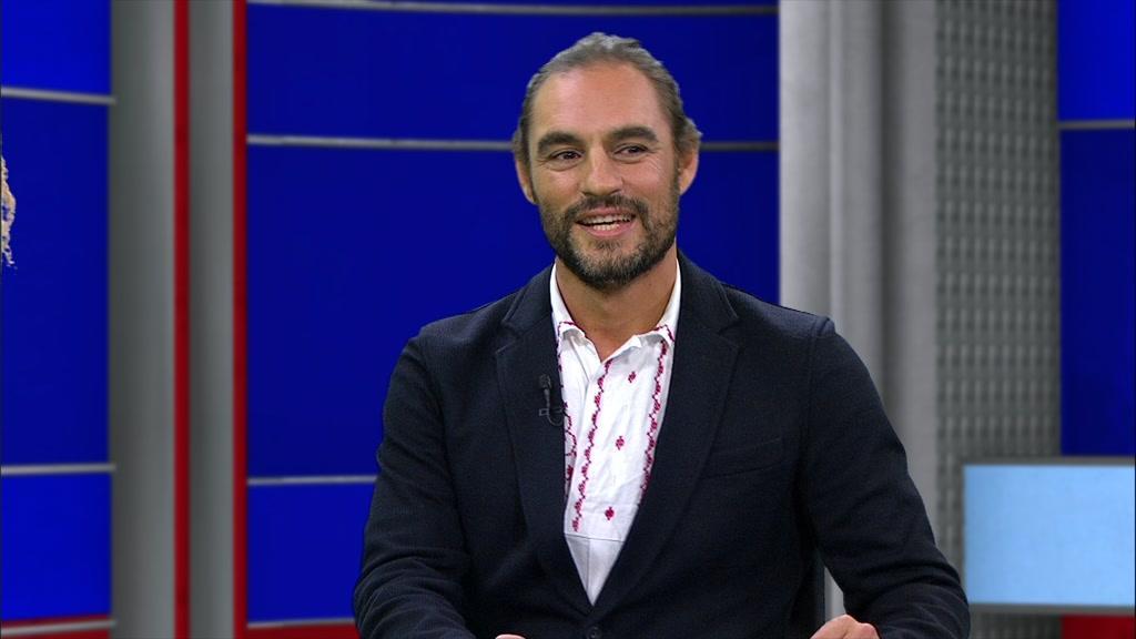 """Diogo Navarro apresenta a exposição """"Golden Soul"""" no Casino Estoril - TVI24"""