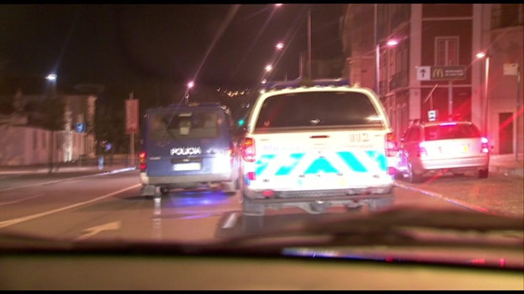 00:02:18 Tribunal absolve agente da PSP acusado de agredir jovem na Amadora - TVI24