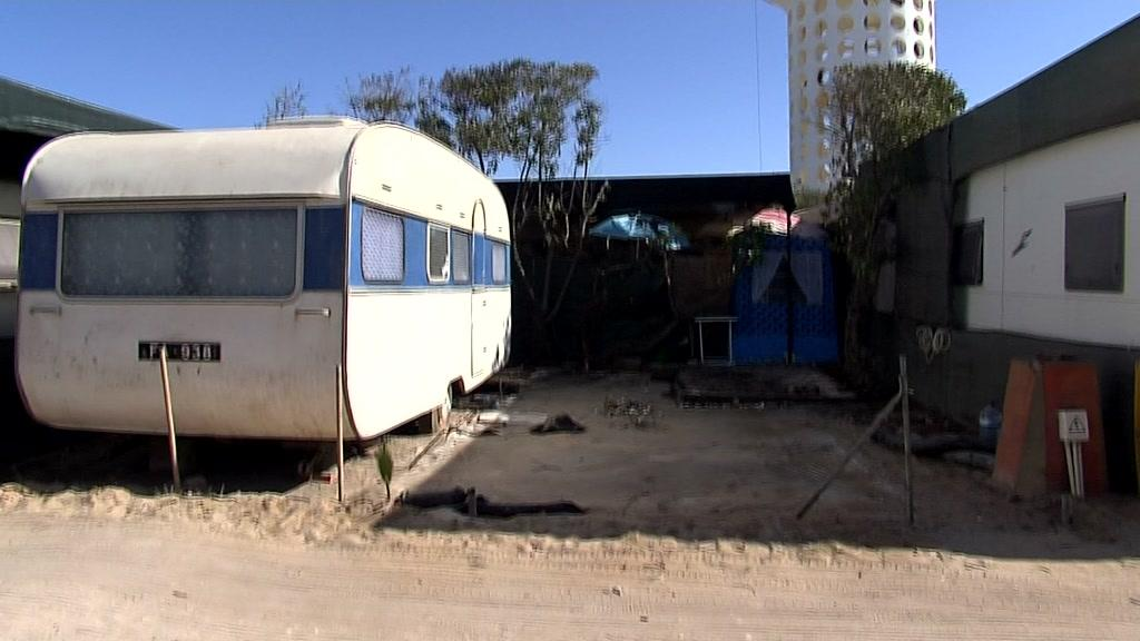 Novo parque de campismo na Praia de Faro vai mesmo avançar - TVI24