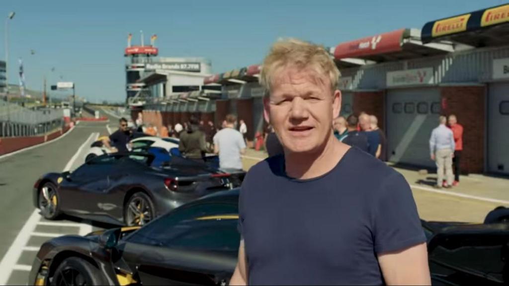 Gordon Ramsay em Brands Hatch (reprodução YouTube Gordon Ramsay)