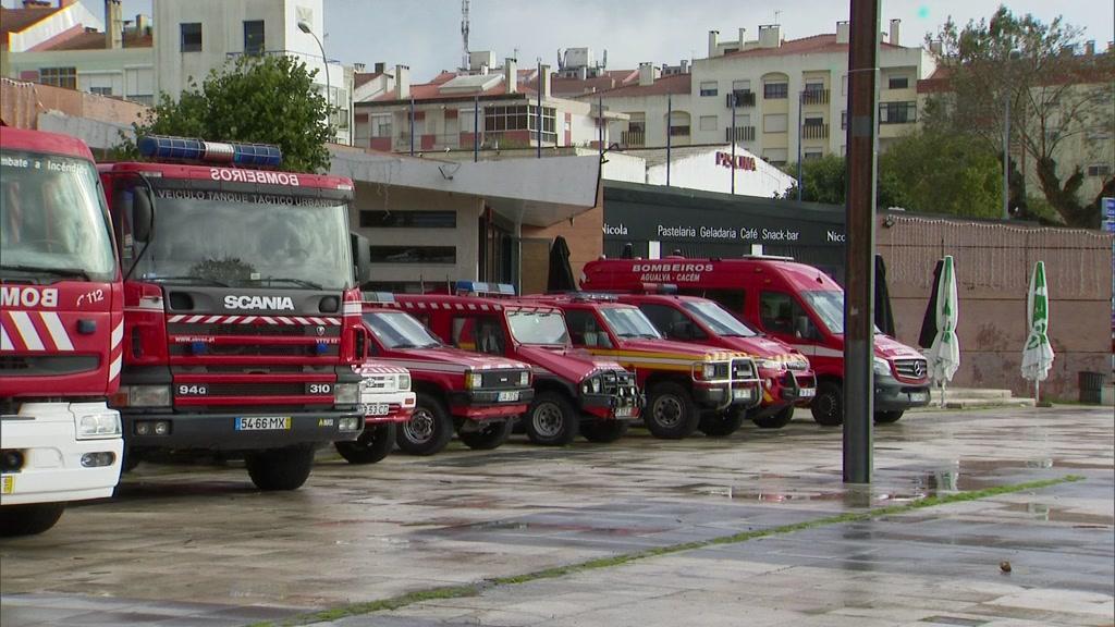 Oito pessoas intoxicadas dormiam todas no mesmo quarto em Sintra - TVI24