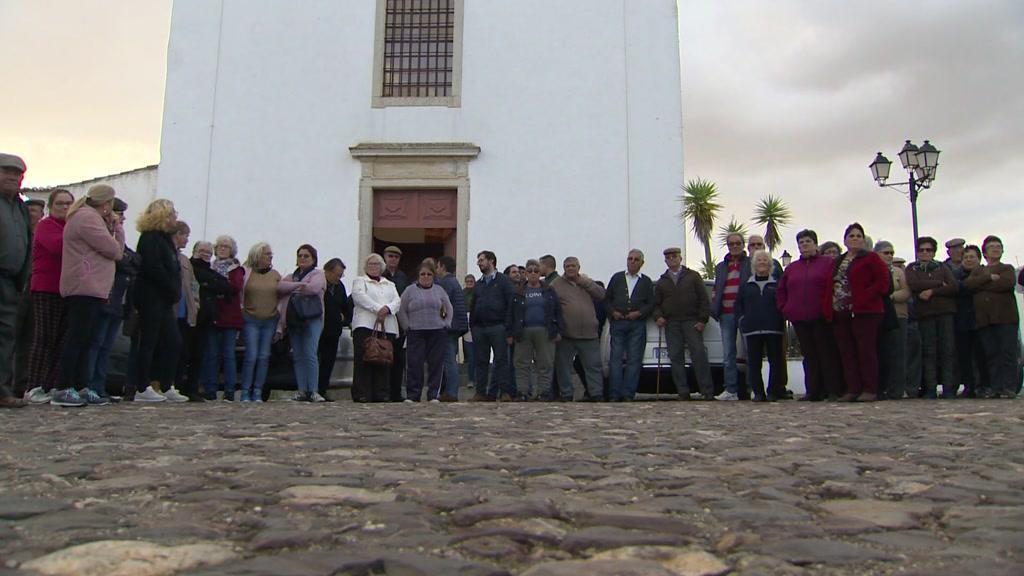 Moradores de Ourique e Castro Verde protestam contra distribuição dos CTT - TVI24