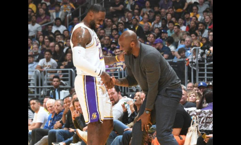 LeBron James e Kobe Bryant (foto NBA)