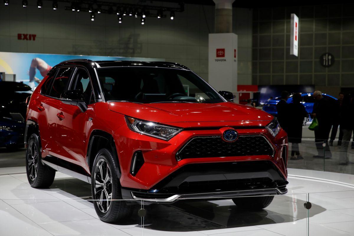 Salão de Los Angeles - Toyota RAV4 Hybrid Plug-in (Associated Press)