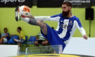 Raul Meireles e Bosingwa vencem primeiro torneio de Teqball em Portugal (FC Porto)