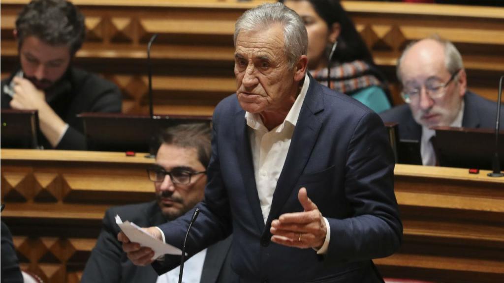 Jerónimo de Sousa no debate quinzenal