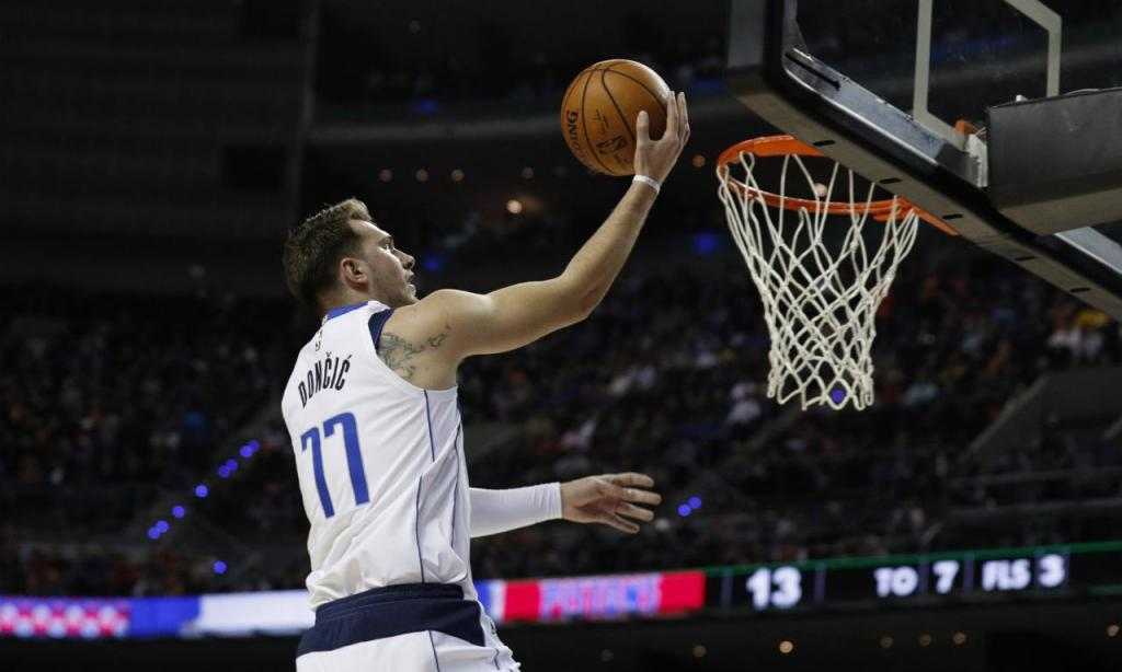 Detroit Pistons-Dallas Mavericks: Luka Doncic (AP Photo/Rebecca Blackwell)