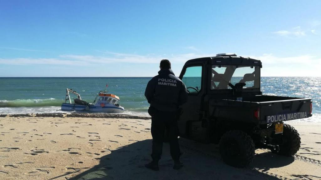 Um pescador morreu em naufrágio em Olhão
