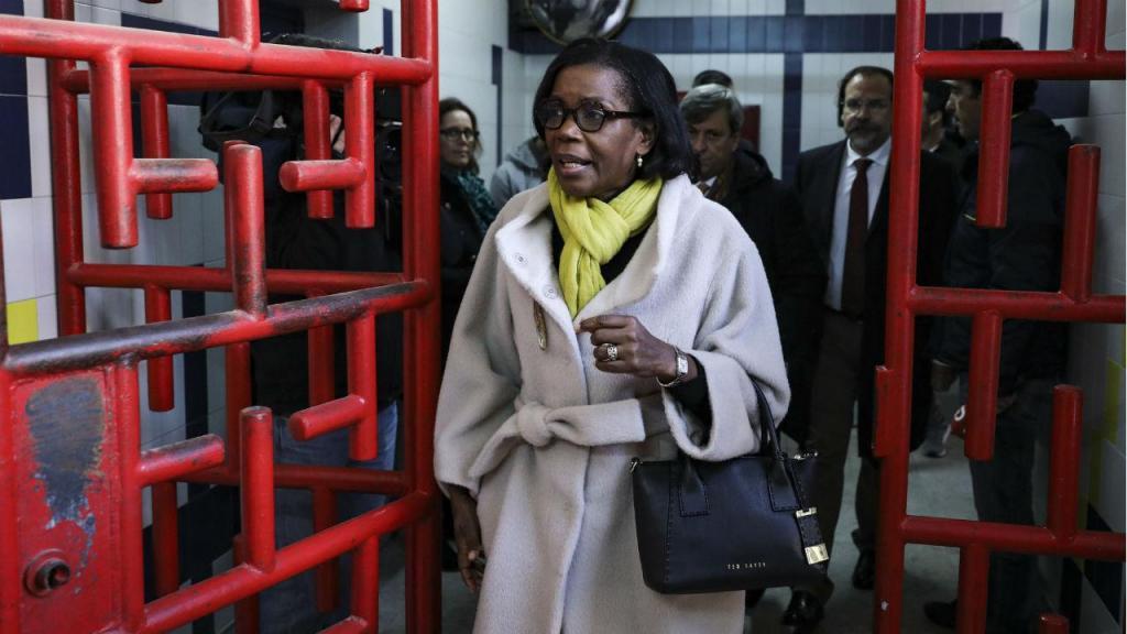 Ministra da Justiça visita Estabelecimento Prisional de Lisboa na véspera de Natal