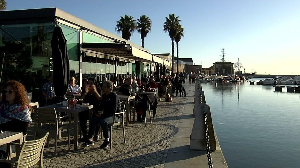 Sol e temperaturas amenas marcam fim de ano no Algarve
