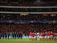 A década viu o Benfica chegar às finais da Liga Europa de 2013 e 2014, ambas perdidas. Mas assistiu também à incapacidade das águias em conseguir sustentar um dos objetivos assumidos, o regresso à glória europeia no grande palco, a Liga dos Campeões. Presente na fase de grupos em cada um destes dez anos, o Benfica conseguiu apenas três apuramentos e duas passagens aos quartos de final. E atingiu o ponto mais baixo em 2017/18: seis derrotas, zero pontos, 14 golos sofridos e um marcado, uma das piores participações em absoluto na história da competição.