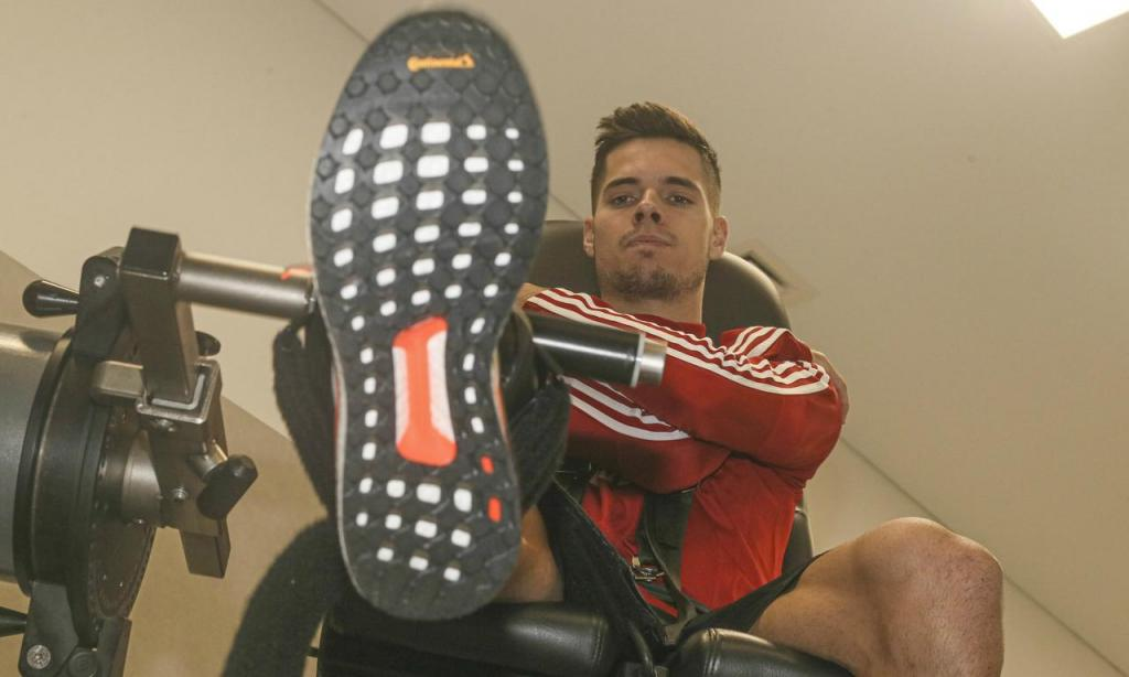 O primeiro dia de Weigl com o Benfica no Seixal