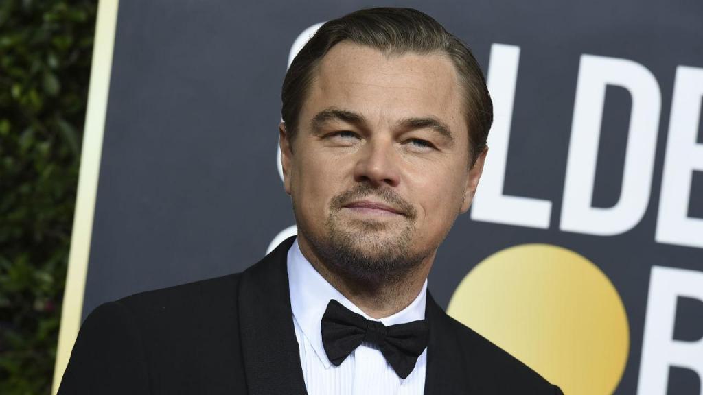 Leonardo DiCaprio na passadeira vermelha da 77.ª cerimónia dos Globos de Ouro