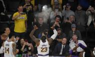 Los Angeles Lakers-Detroit Pistons (AP Photo/Mark J. Terrill)