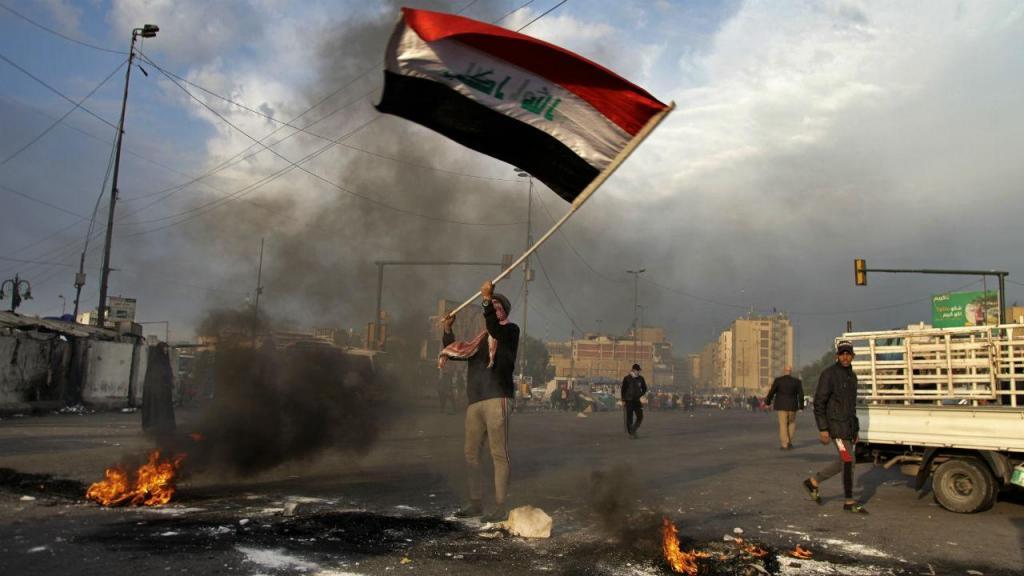 Protestos em Bagdad contra os ataques iranianos