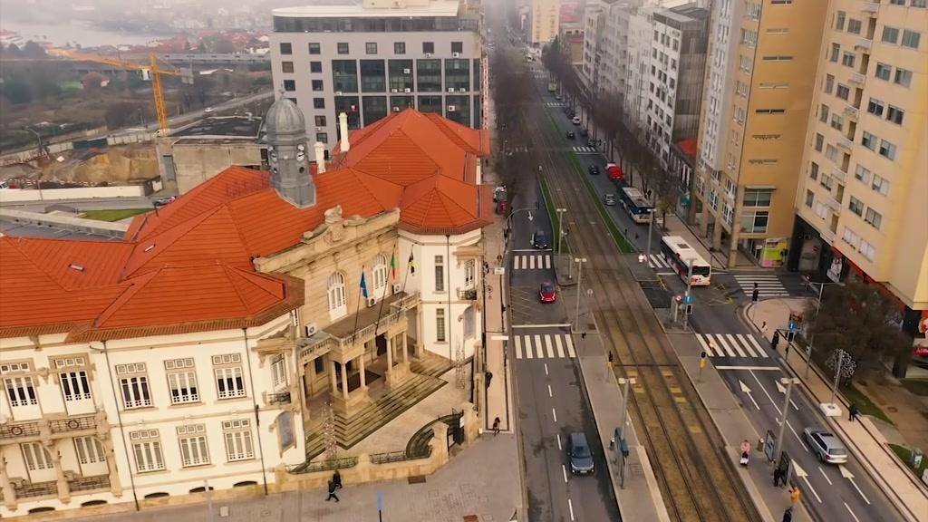 Taxas ilegais de estacionamento: Câmara de Gaia envia denúncias da TVI à PGR