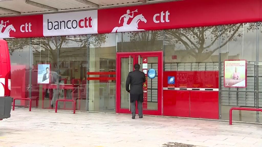 Um pacote suspeito dirigido a António Costa fechou os CTT de Cabo Ruivo